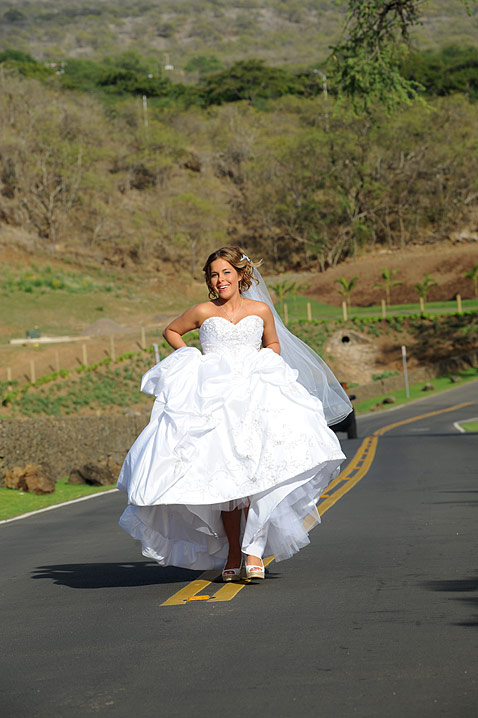 Raquel hits the road after her wedding
