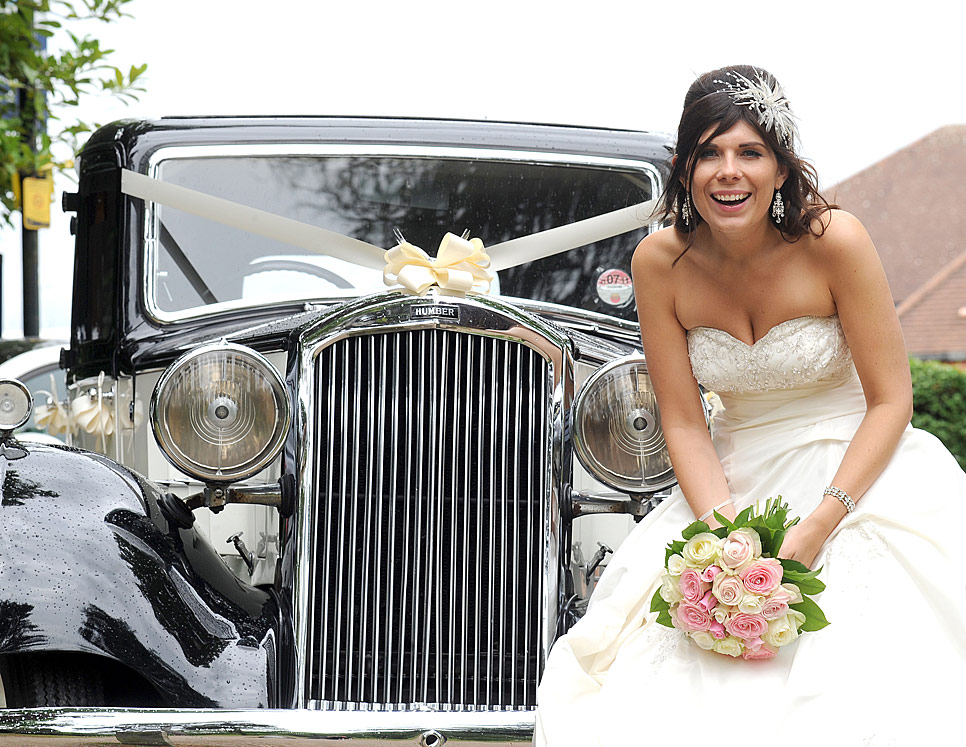 The bride with a vintage Humber